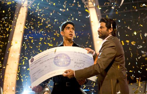 Kadr z filmu Slumdog Millionaire (Milioner z ulicy)