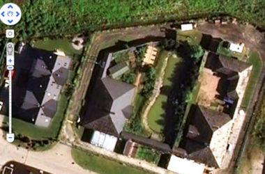 Kompleks reality show na Bielanach Wrocławskich; obraz satelitarny   Foto: Google