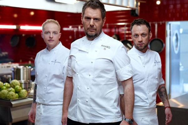 Piotr Ślusarz, Wojciech Modest Amaro i Dariusz Kuźniak w programie Hells Kitchen   fot. Polsat