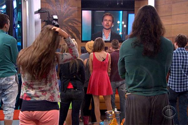 """Phil Keoghan zapowiada nowy zwrot akcji w """"Big Brotherze 17""""   fot. CBS"""