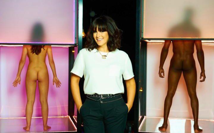 "Prowadząca program ""Naked Attraction"" | fot. Channel 4"
