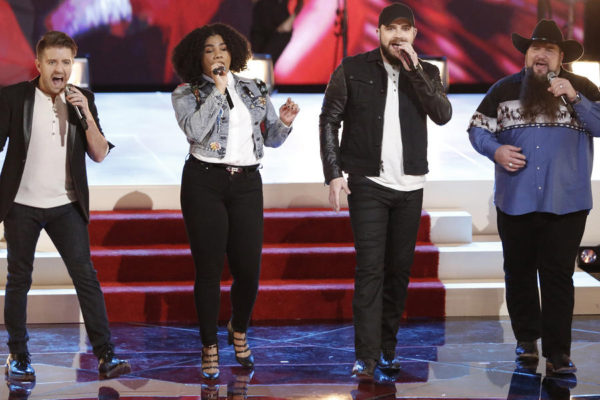 "Bill Gilman, We' McDonald, Josh Gallagher i Sundance Head w programie ""The Voice 11"" 